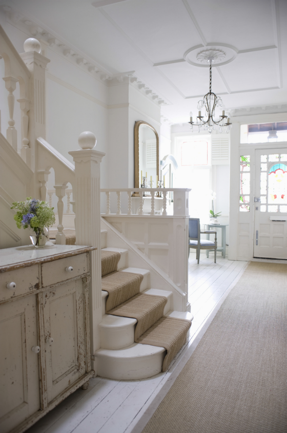 Fantastic Foyer Ideas To Make The Perfect First Impression: Organize And Update Your Hallway