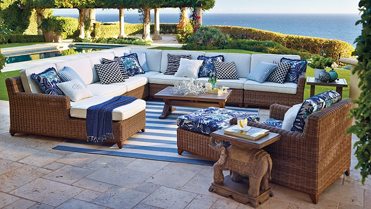 Outdoor Living Spaces That Inspire Summer Entertaining - 7 Outdoor Living Spaces That Inspire Summer Entertaining