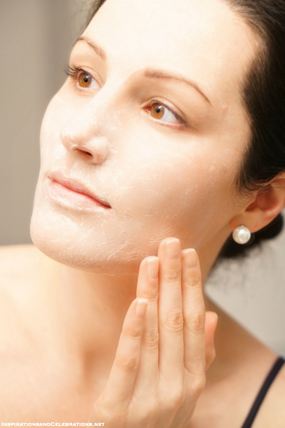 Skincare Tips - How To Use Biore Baking Soda Cleansing Scrub