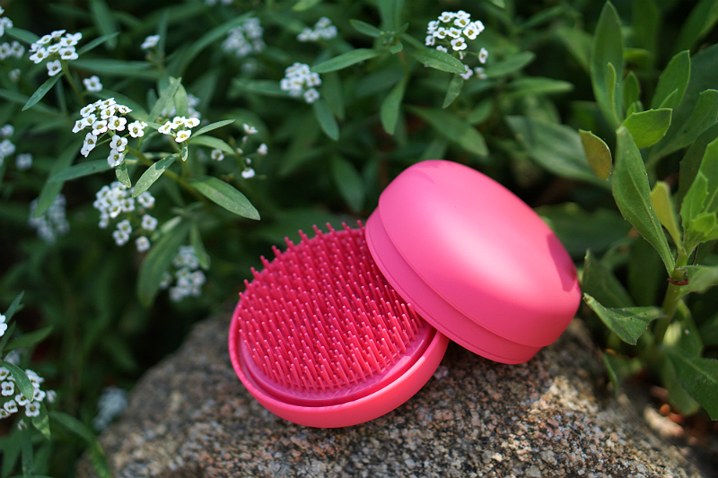 Love What You Do Giveaway - Milk and Sass Hairbrush
