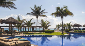Rejuvenate Your Body and Spirit During International Yoga Month at Top Wellness Luxury Retreats