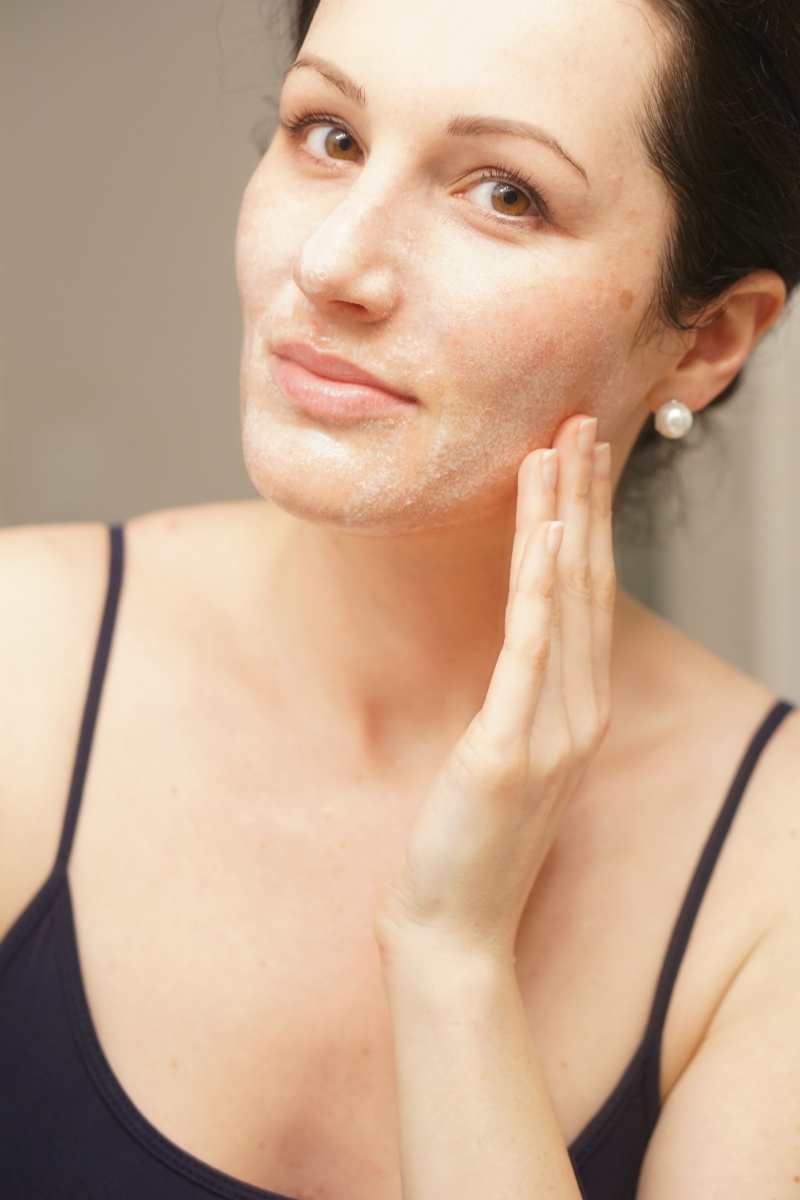 Skincare expert tips on anti acne treatments that work for Belle jardin slimming expert