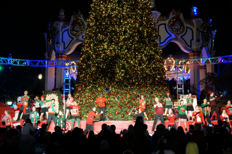Celebrate The Holidays at Winterfest at California's Great America
