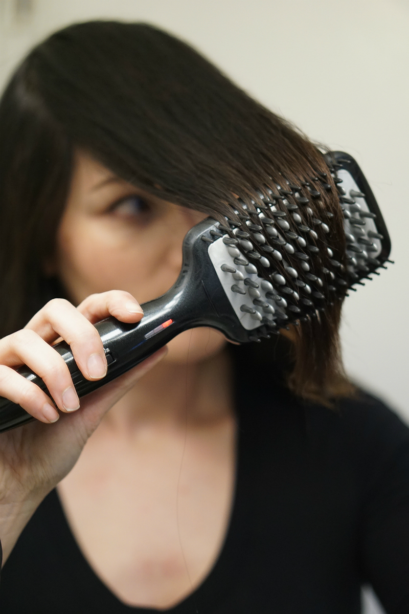 Festive Holiday Hairstyle Tutorial with Infiniti PRO by Conair Diamond Brilliance Hot Brush