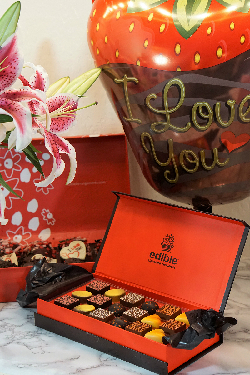 Out of the Box Valentines Day Gifts from Babble Boxx - Edible Signature