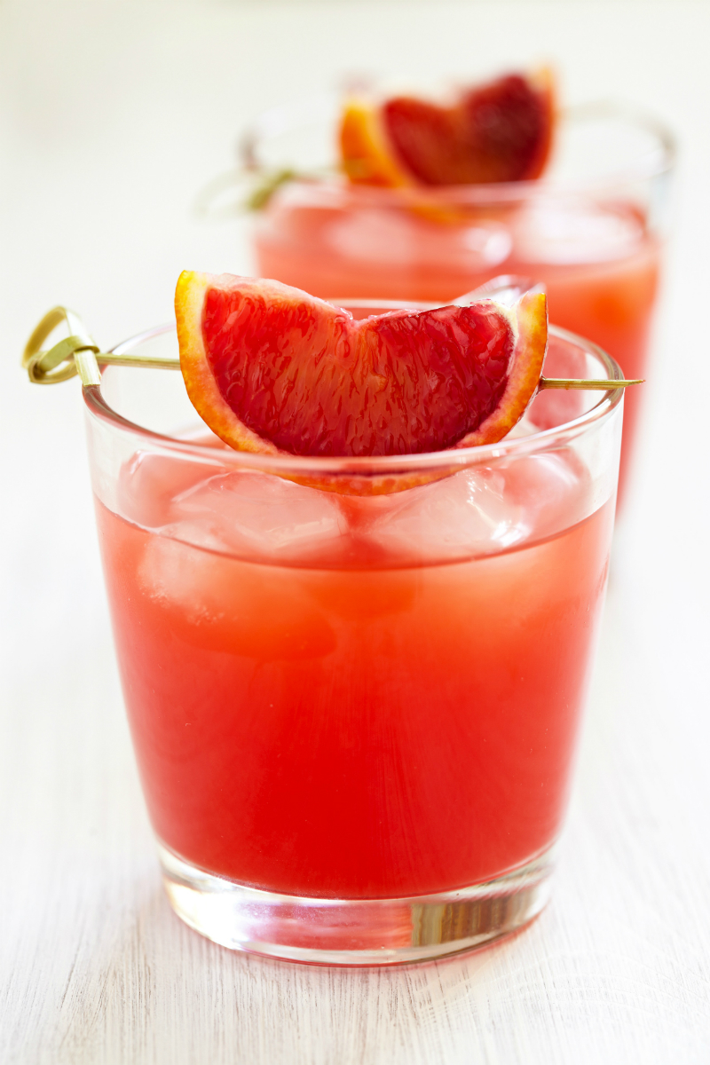 Spring Cocktail Recipes - Sparkling Blood Orange Cocktail