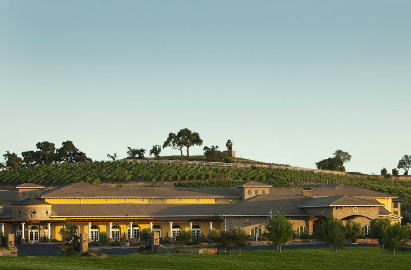 10 Enchanting Fall Trips That Capture The Magic of Autumn - Meritage Resort and Spa Napa