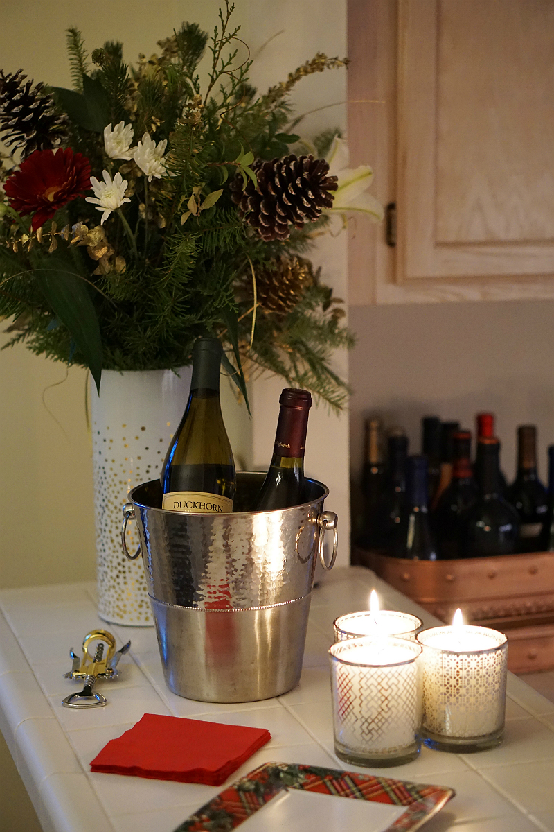 The Easy and Effortless New Year's Eve Dinner Party Guide
