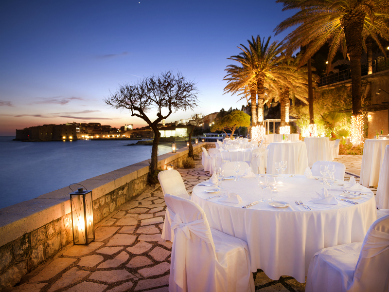 Winter Vacations to Celebrate Magical Moments Around The World - Hotel Excelsior
