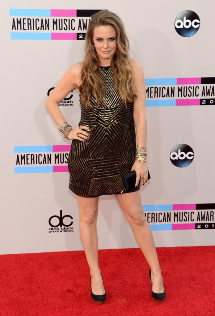 Alicia Silverstone - American Music Awards 2013 - AMA Fashion - Red Carpet Celebrity Looks