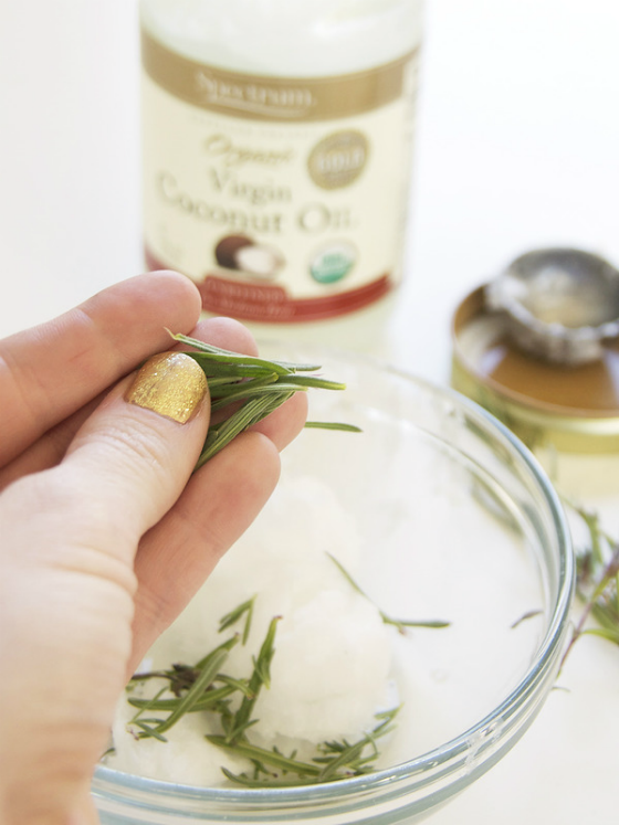 DIY Beauty Lavender Coconut Oil Hair Treatment