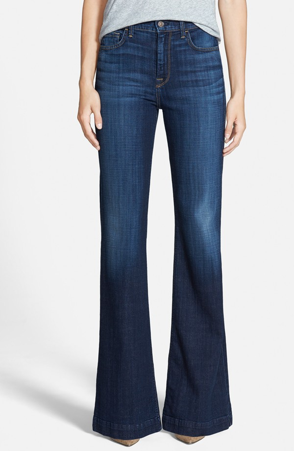 70s Style Trend - Flared Jeans