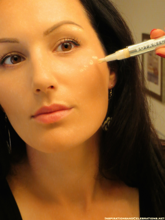 Fall 2015 Makeup Tutorial - Boots Botanics Radiance Highlighter Pen