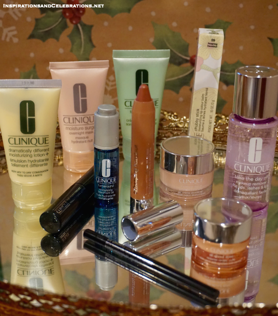Holiday Gift Guide for Beauty Products - Clinique Little Holiday Helpers