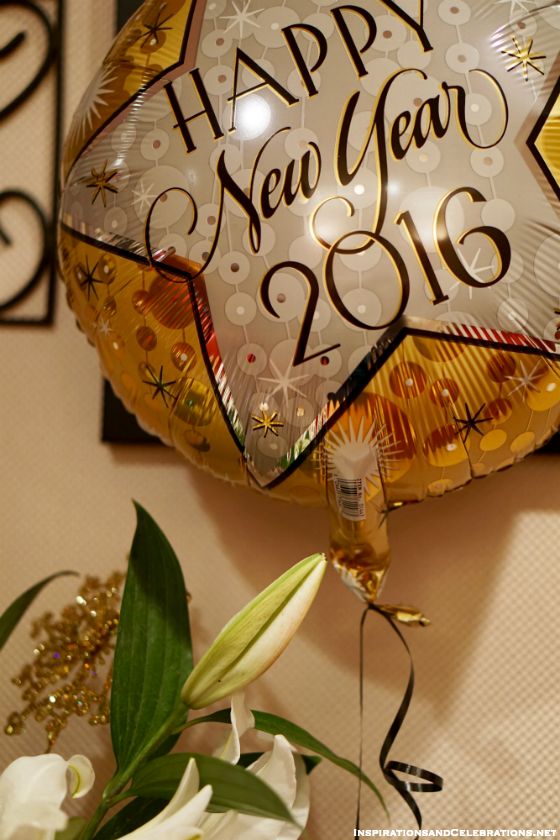 NYE Entertaining Tips: An Easy Cocktail for a Stylish Celebration At-Home