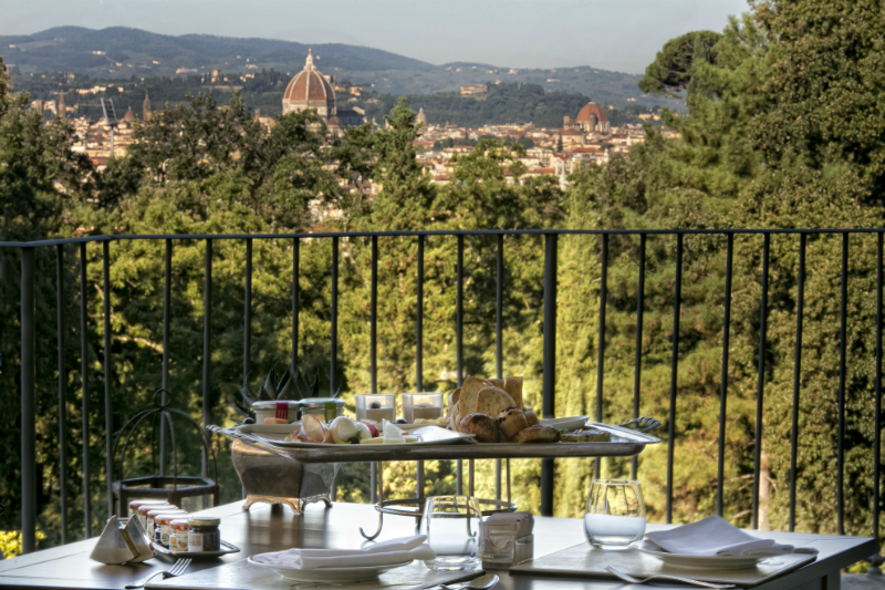 5 Incredible Hotels for Dining Al Fresco - Il Salviatino