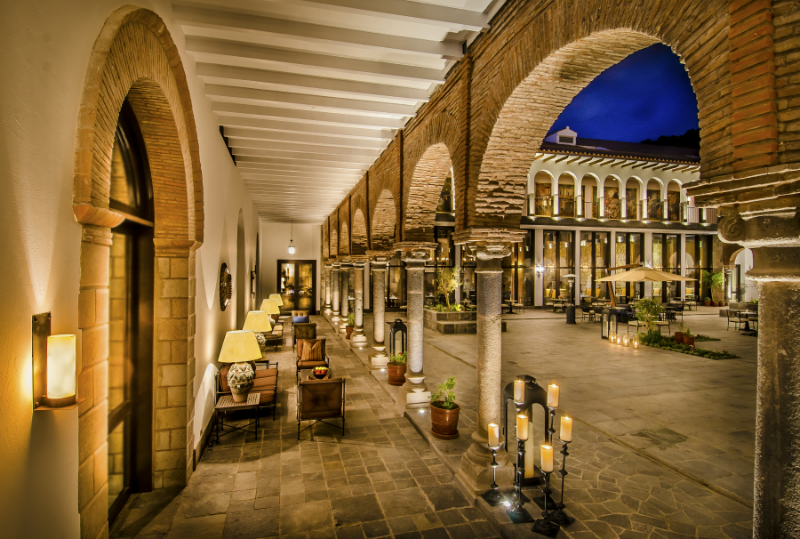 5 Incredible Hotels for Dining Al Fresco - JW Marriott El Convento Cusco