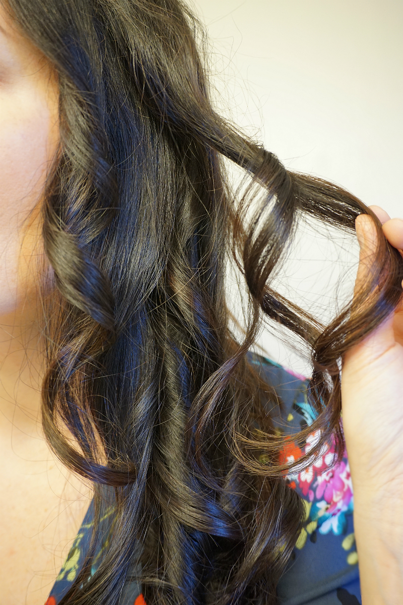 Work-To-Weekend Hairstyle Tutorial: Get a Romantic Look with InfinitiPRO by Conair Curl Secret