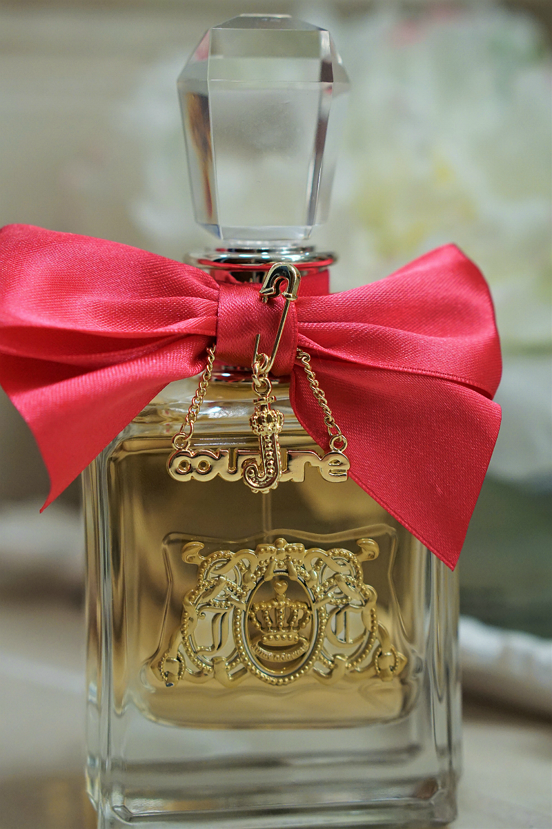 Celebrate The Holidays in Style with Viva la Juicy Fragrance