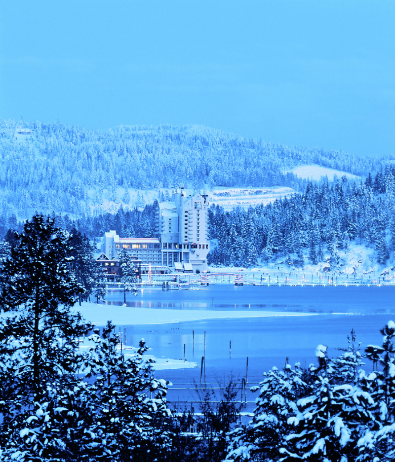 Winter Wonderland Resorts That Brighten Up The Holidays - Coeur d'Alene Resort