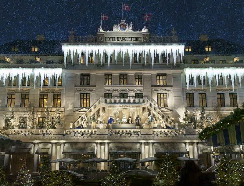 Winter Wonderland Resorts That Brighten Up The Holidays - Hotel d'Angleterre