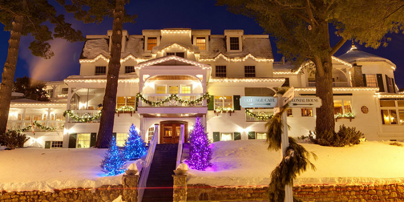 Winter Wonderland Resorts That Brighten Up The Holidays - Mirror Lake Hotel