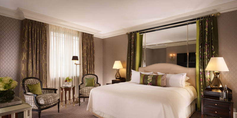 35 Romantic Getaways for Valentine's Day Weekend - The Dorchester London
