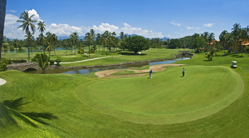 Last Minute President's Day Weekend Vacation Ideas - Las Hadas Golf Resort and Marina