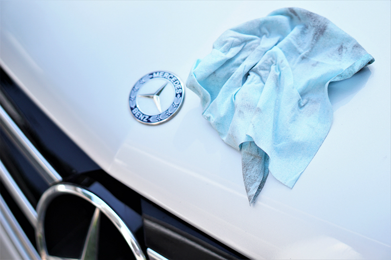 How To Quickly and Easily Clean Your Car On-The-Go with Armor All Ultra Shine