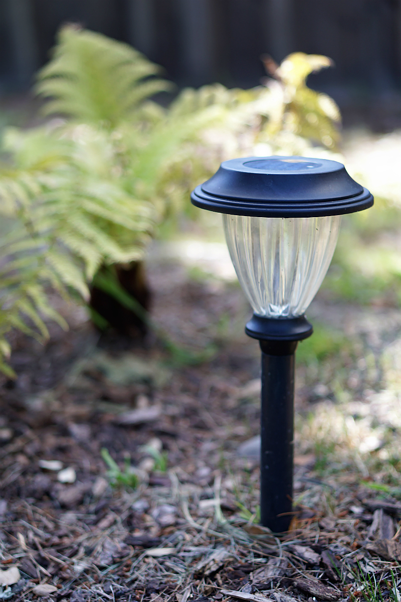 4 Easy Ways To Save Energy in Your Home - Solar-Powered Lighting