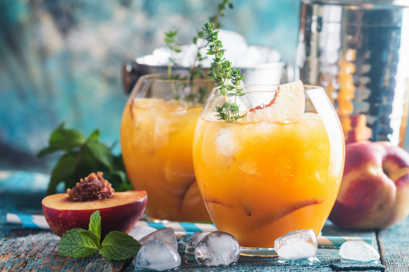 3 Festive Cocktail Recipes to Make Your Cinco de Mayo Party a Fun Fiesta - Peach Margarita