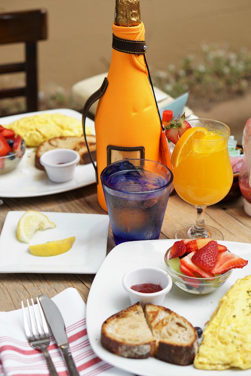 Fun Mother's Day Activities That Moms Would Love To Do - Mothers Day Brunch