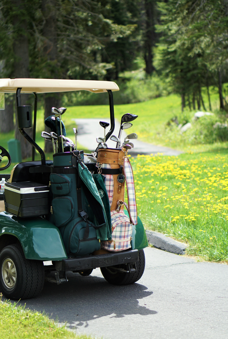 Fun Mother's Day Activities That Moms Would Love To Do - Playing Golf