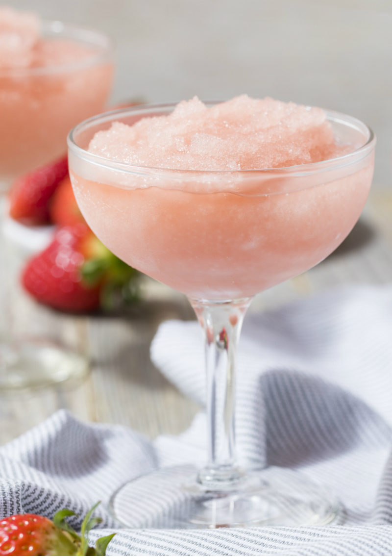 Wine Slushie Recipes That Will Elevate Your Summer Picnics