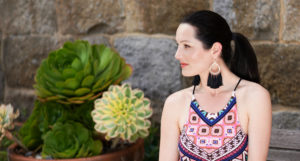 Summer Style Guide – 3 Fun Ways To Style Tropical Prints and Trendy Accessories