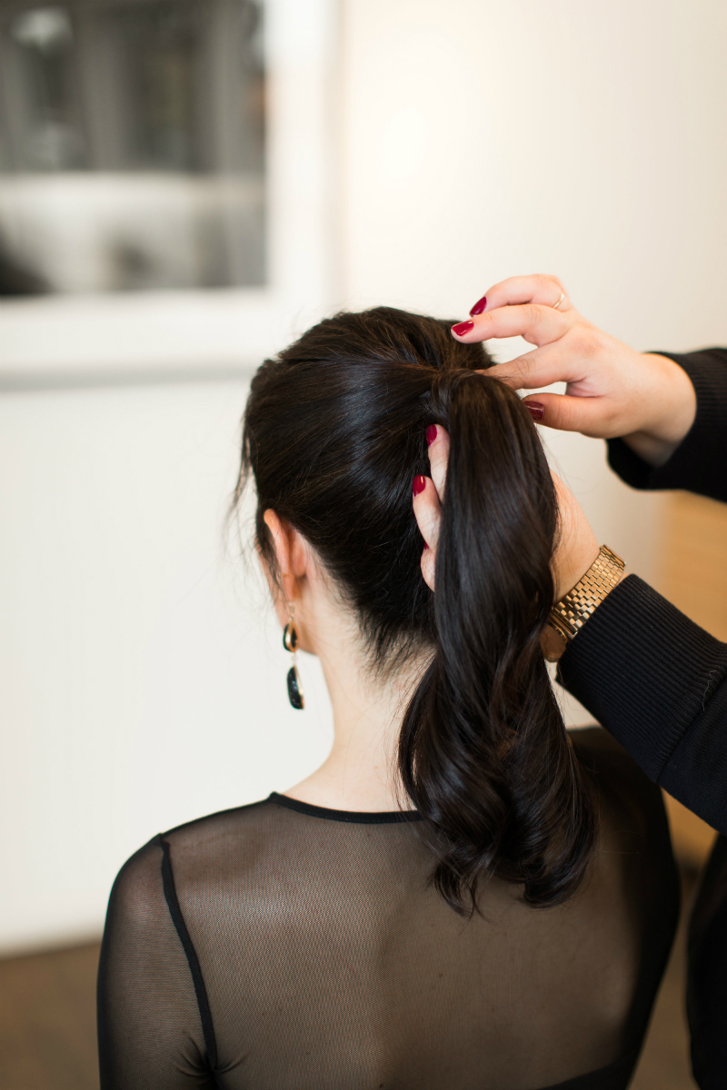 Hairstyle Tutorial - The Glamorous Ponytail