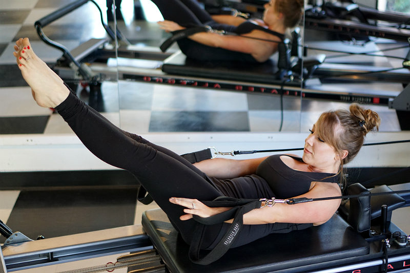 Pilates Reformer Ab Exercises - The Hundred