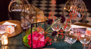 Entertaining Guide: Graffiti Glam Theme Holiday Dinner Party