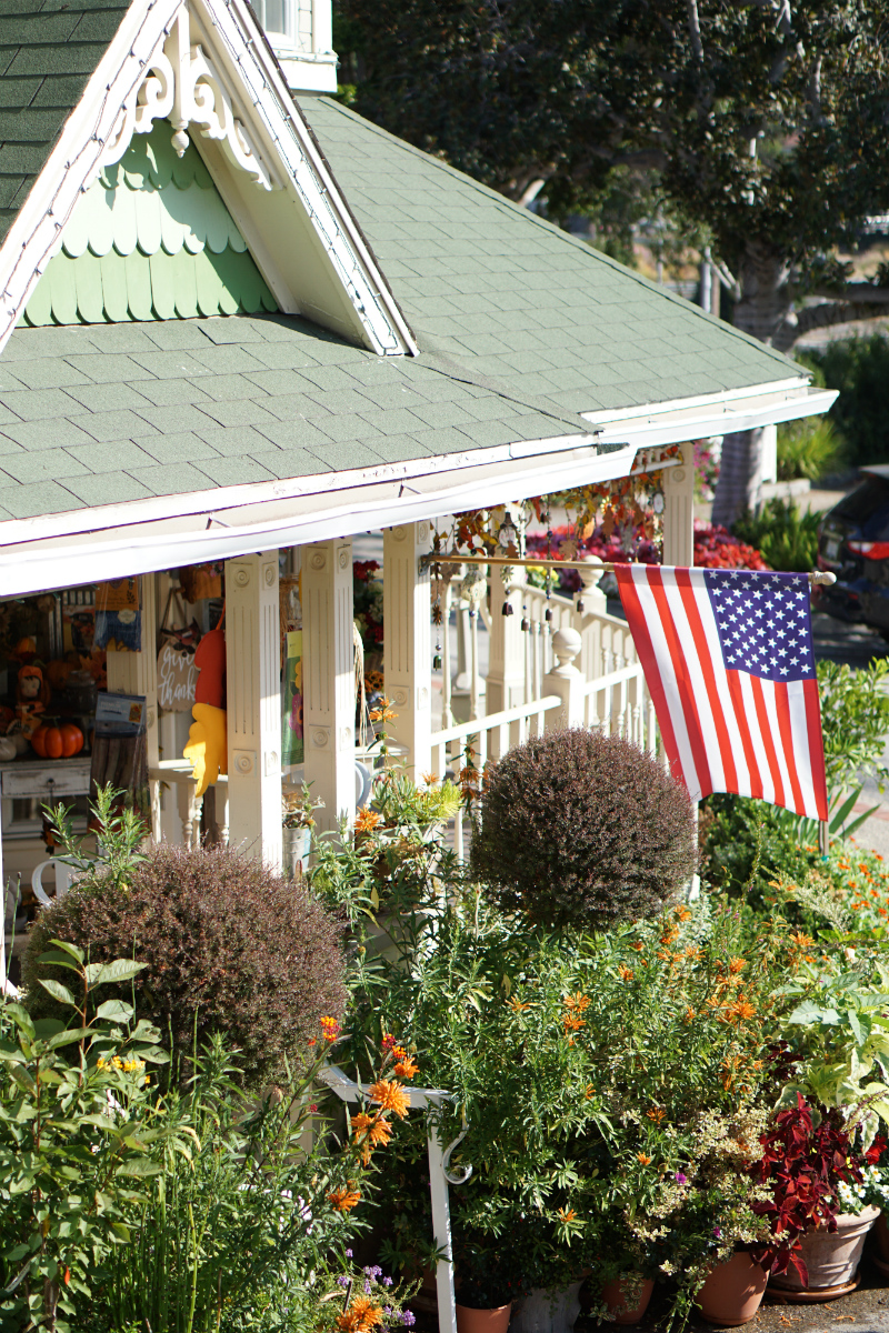 Places to Visit for Thanksgiving - The Apple Farm Inn