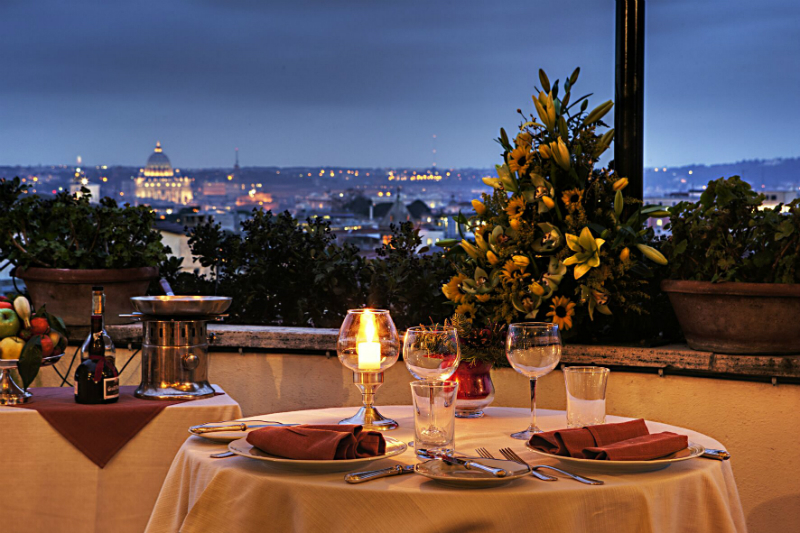 Luxury Hotel Restaurants with Gorgeous Views - Hotel Mediterraneo