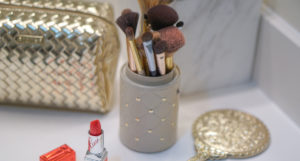 Pretty Bathroom Vanity Organization Ideas