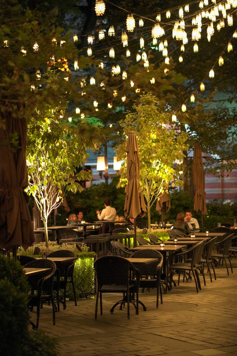 6 Cozy Restaurants To Visit During The Holiday Season - Tavern on the Green New York City
