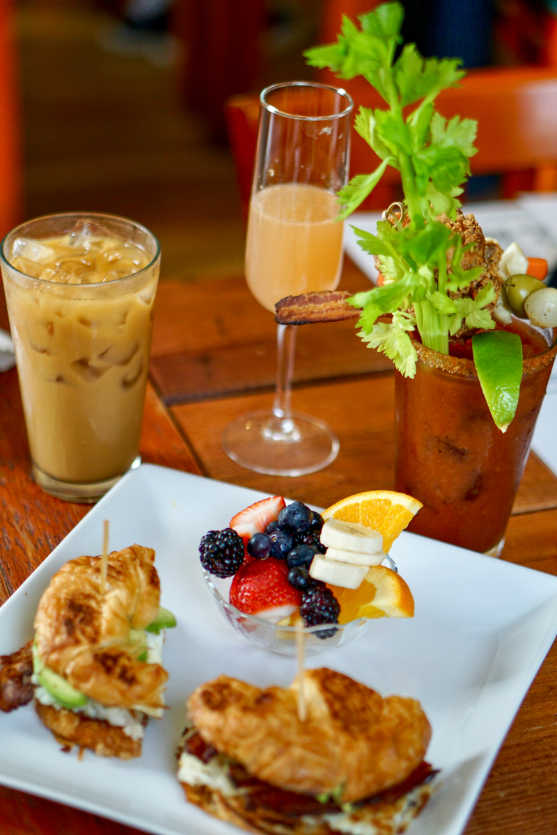 10 Charming Brunch Spots to Visit on The Monterey Peninsula - Crema Pacific Grove