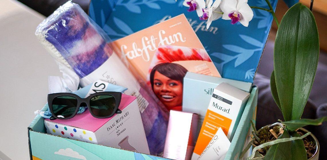 A FabFitFun Giveaway To Brighten Your Day - FabFitFun Summer 2020 Box